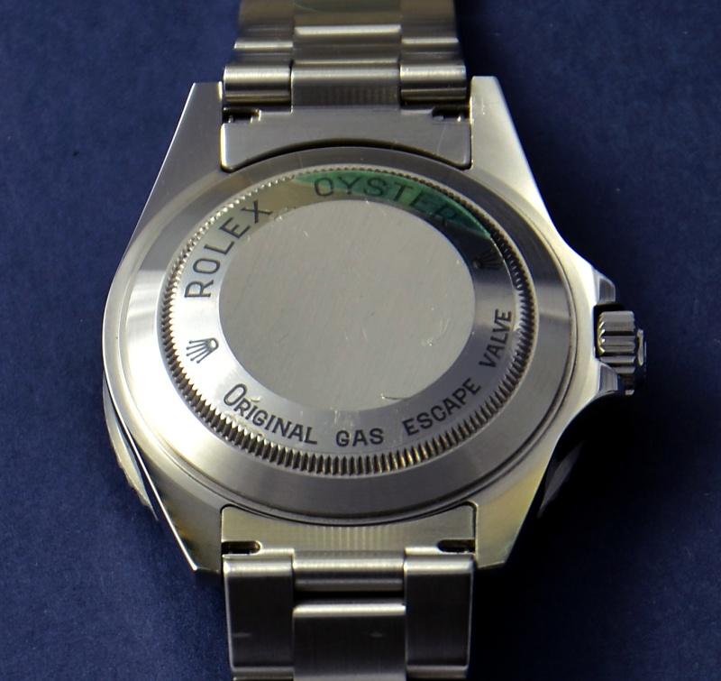 Dweller - Rolex Sea Dweller 16600 versus Omega Planet Ocean 2500 Fonds_11
