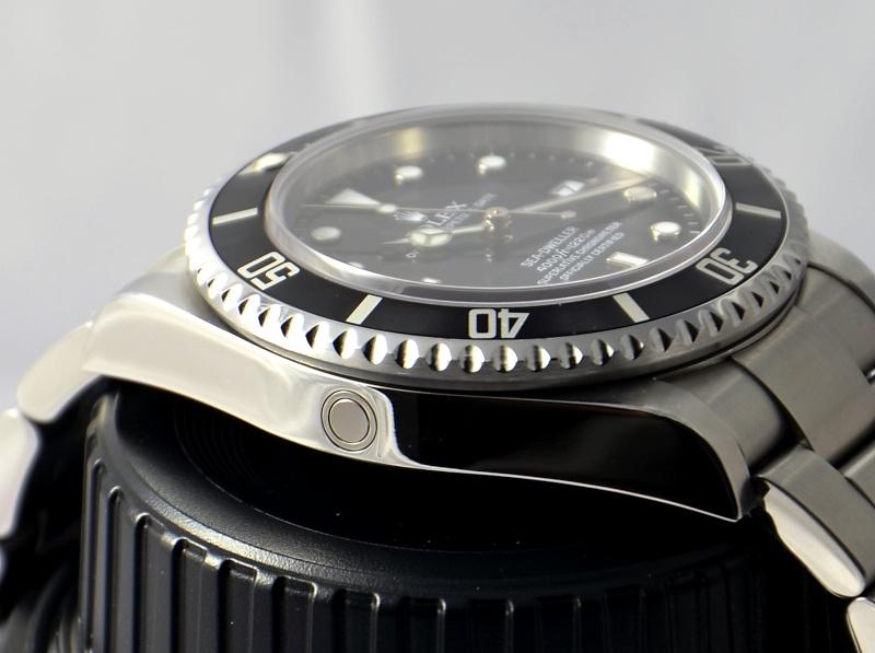 Dweller - Rolex Sea Dweller 16600 versus Omega Planet Ocean 2500 Valve_10