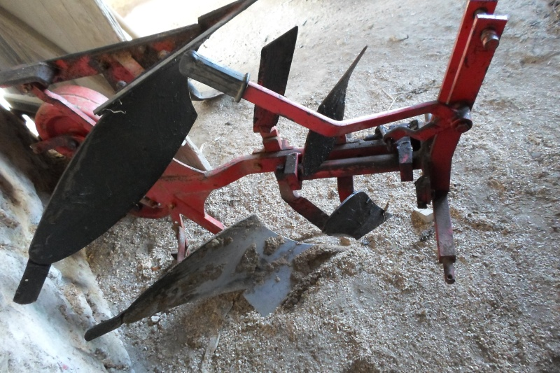 Renault D 22 et outils  Sam_0723