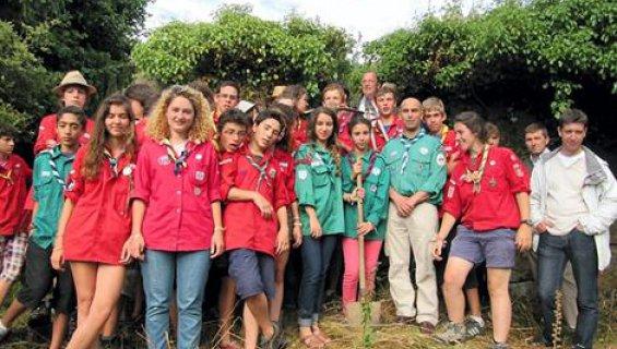 Des scouts musulmans vont réhabiliter une chapelle en péril Scouts10