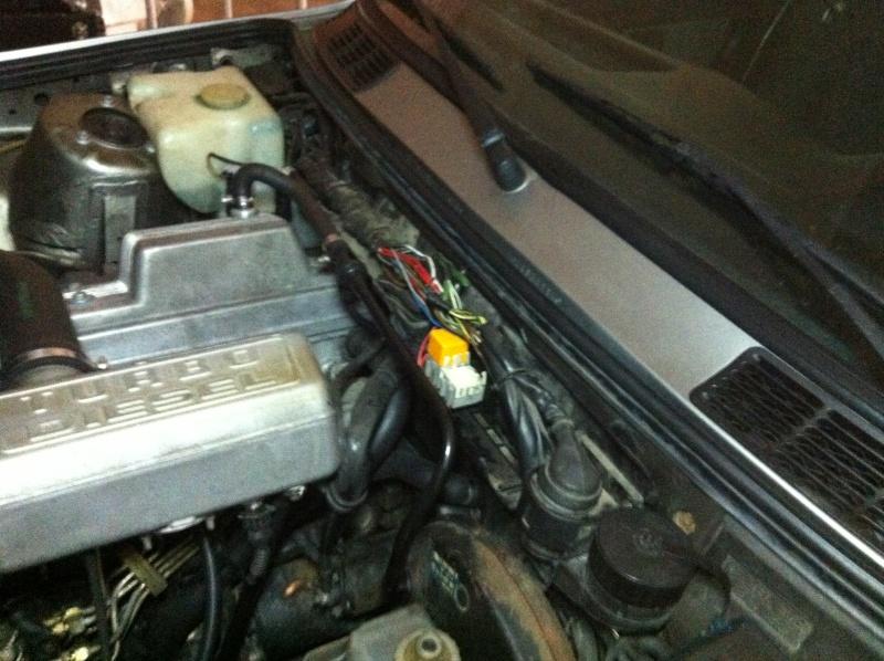 [ BMW E30 Touring 324TD an 1988 ] Consommation anormale de courant (résolu) Img_5511