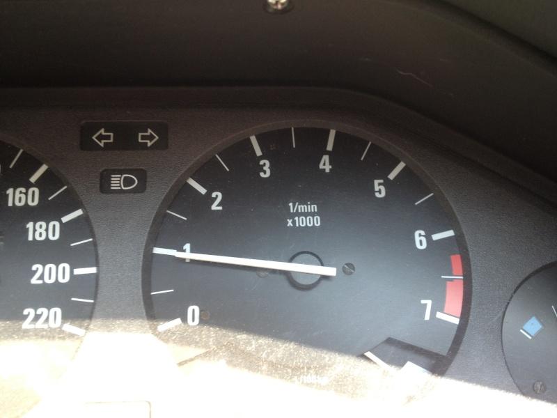 [ BMW E30 Cabriolet 325 i an 1987 ] Problème de ralenti - Page 2 Img_5652