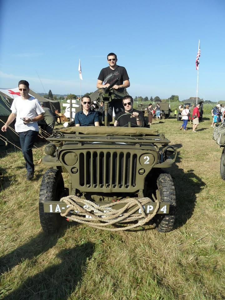 Promenade en jeep 10425310