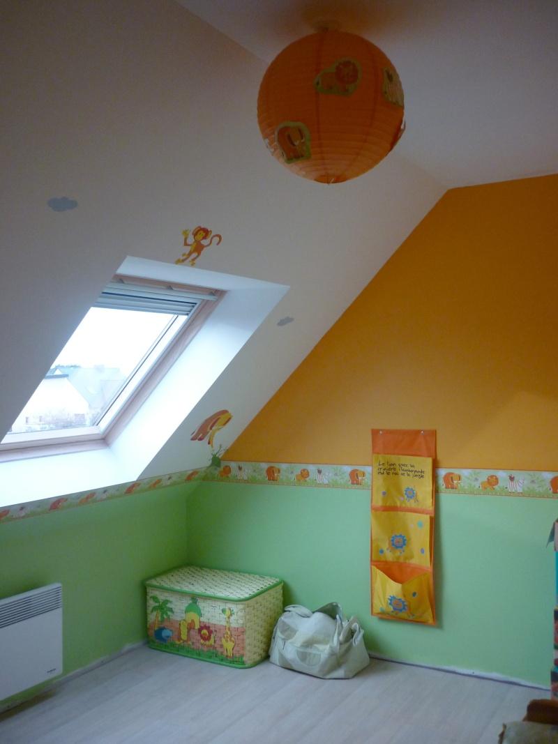 re-déco chambre bébé theme jungle P1010111