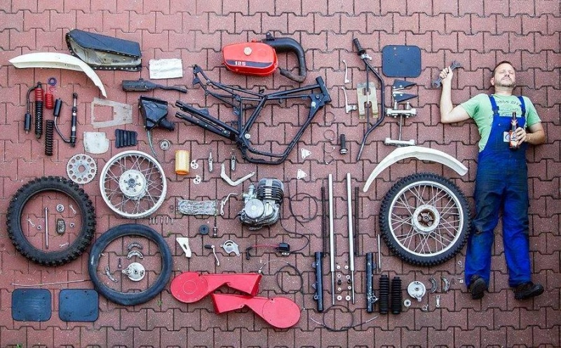 Les garages, les pièces mécaniques d'ici et d'ailleur.... 10511110