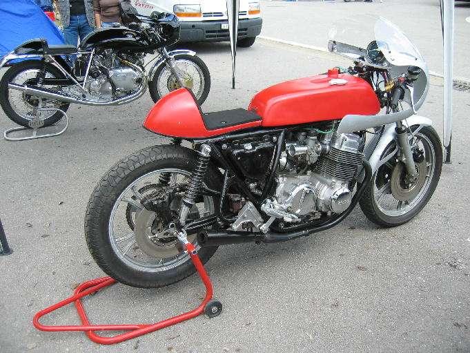 Honda 750.... ma japounaise préférée... - Page 5 22426410