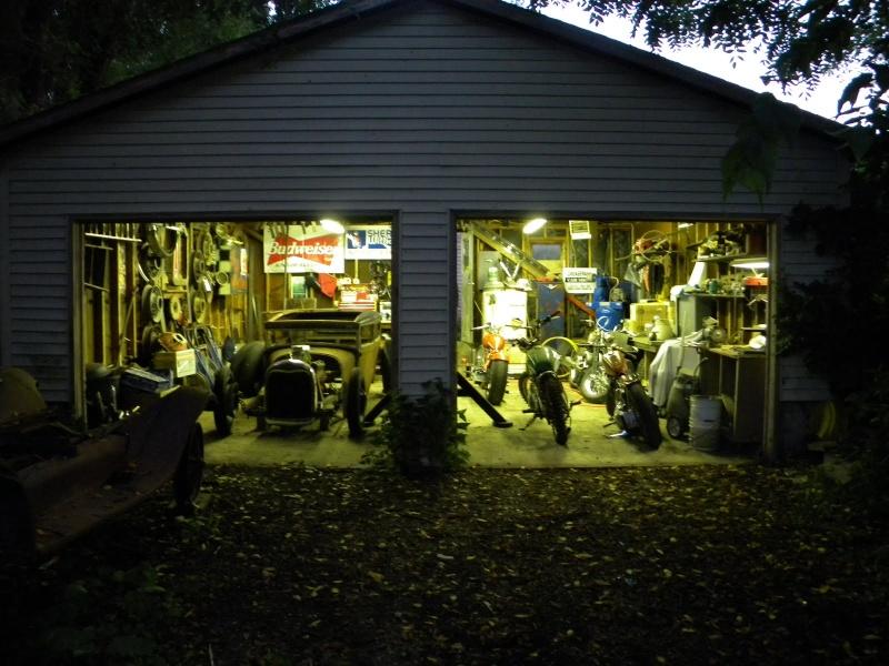 Les garages, les pièces mécaniques d'ici et d'ailleur.... Dscn0110