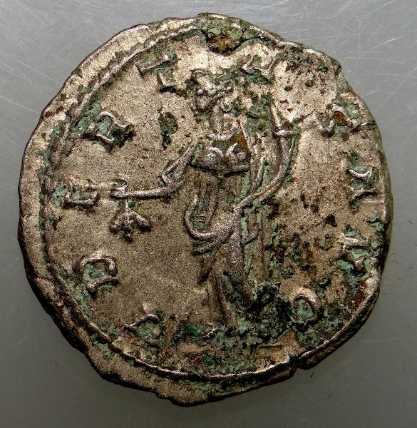 Monnaie de Postume ... Collection Esugenos - Page 2 Dsc01020