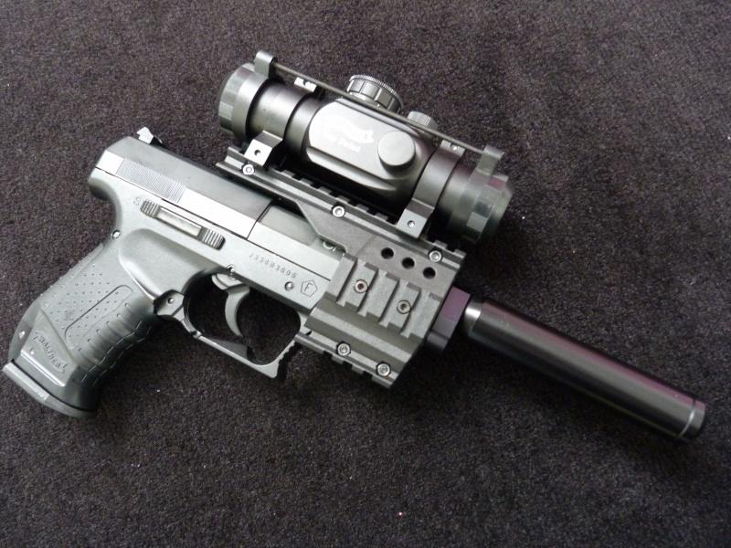 beretta 92 fs sniper grey avec red dot walther  P1040512