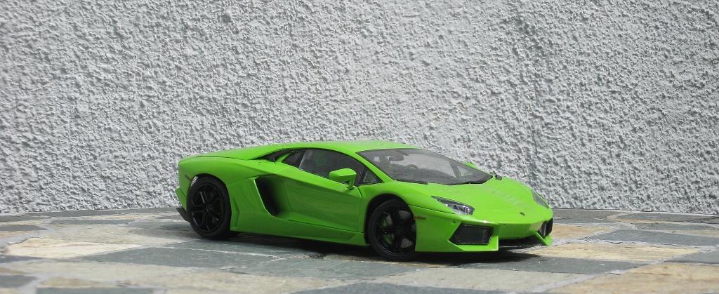 Lamborghini Aventador Img_2016