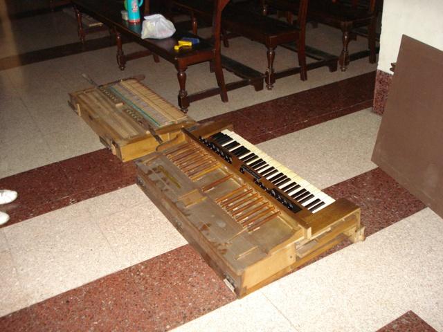 Harmoniums Alexandre Pere & Fils Dsc07613