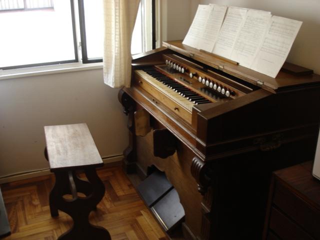 Harmoniums Alexandre Pere & Fils Dsc07620