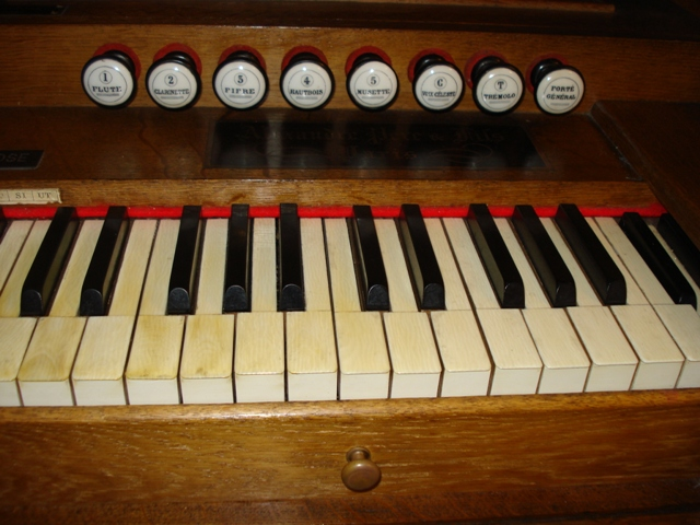 Harmoniums Alexandre Pere & Fils Dsc07621