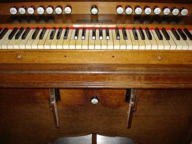 Harmoniums Alexandre Pere & Fils Dsc07623