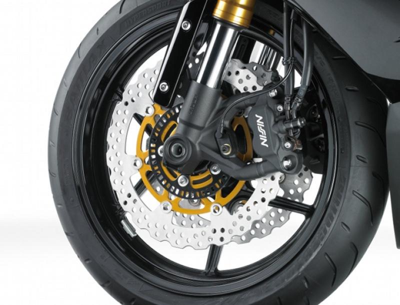 Kawasaki zx6r 2013 (636) - Page 3 Detail12
