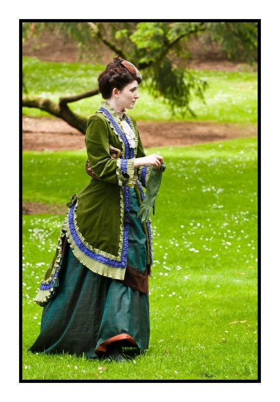 Les plus belles robes vues à l'écran - Page 3 B98ba110