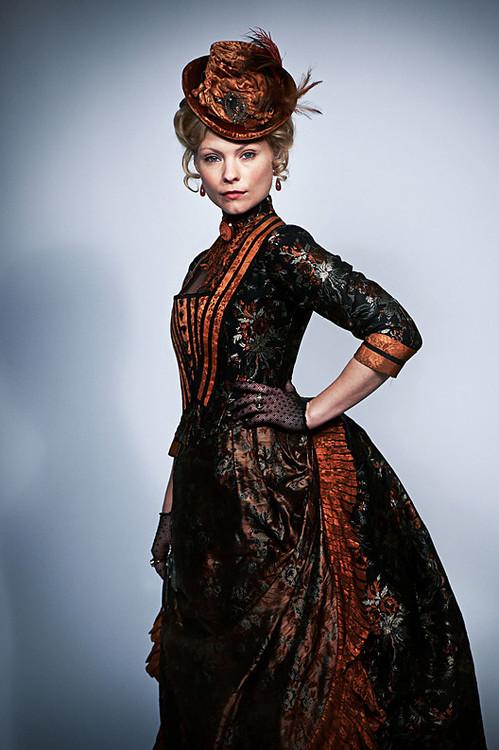 Les plus belles robes vues à l'écran - Page 3 Ripper10
