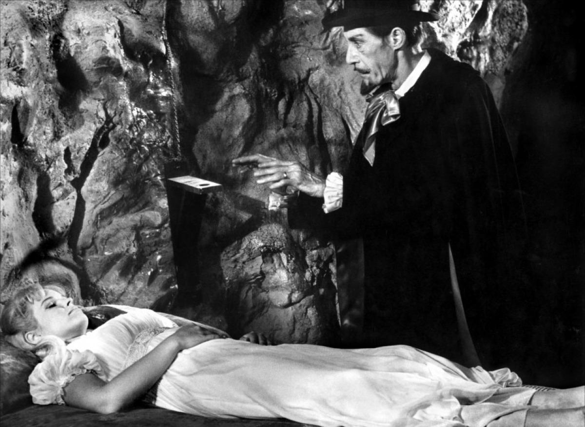 Billy The Kid Versus Dracula Billy-11
