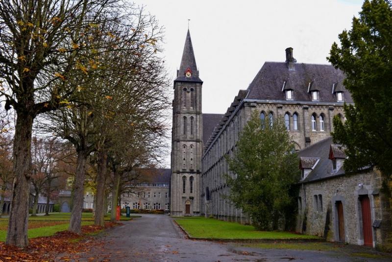Abbaye de Maredsous (ext). 2014-114