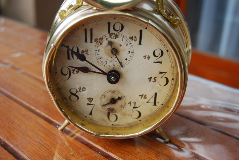Un post qui référence les montres de brocante... tome III - Page 11 Reveil11