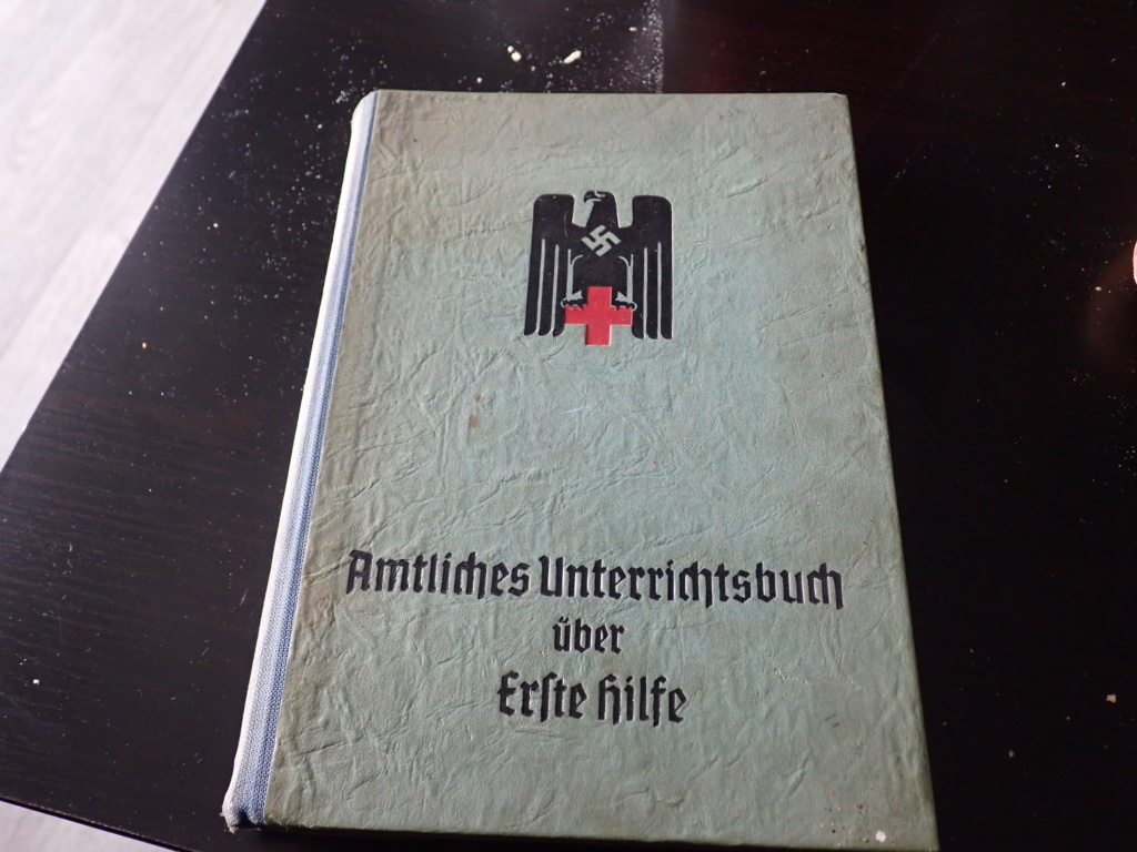 livre allemand d'instruction officiel sur les premiers secours 1941 P9152410