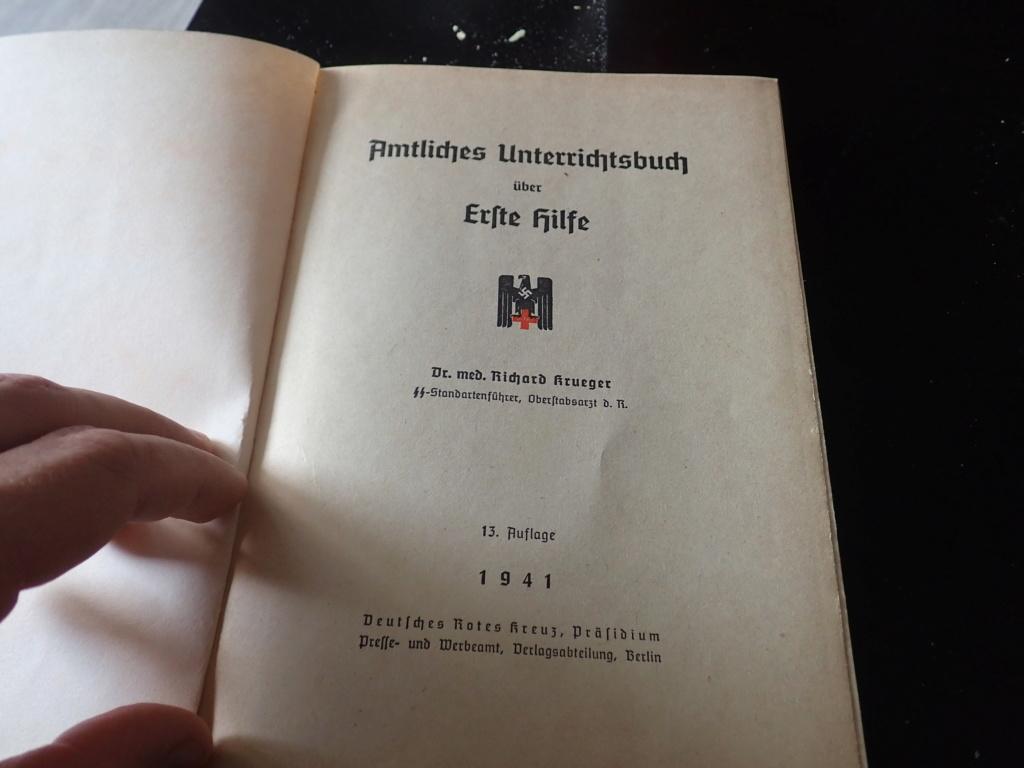 livre allemand d'instruction officiel sur les premiers secours 1941 P9152411