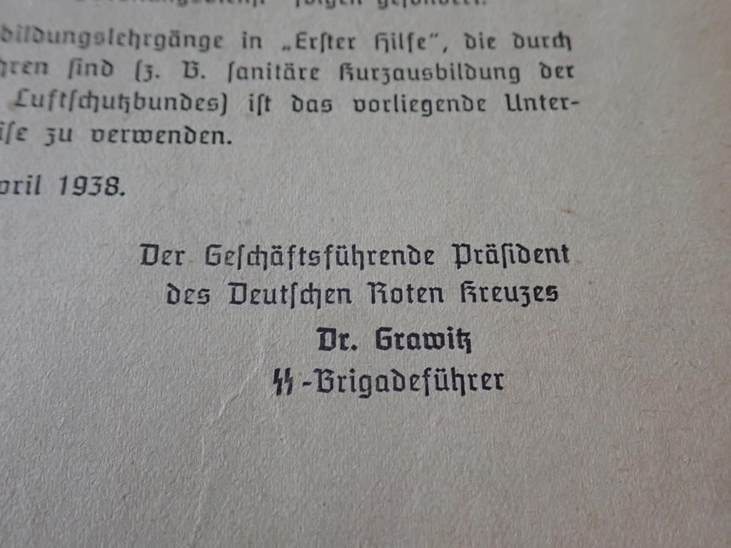 livre allemand d'instruction officiel sur les premiers secours 1941 P9152413