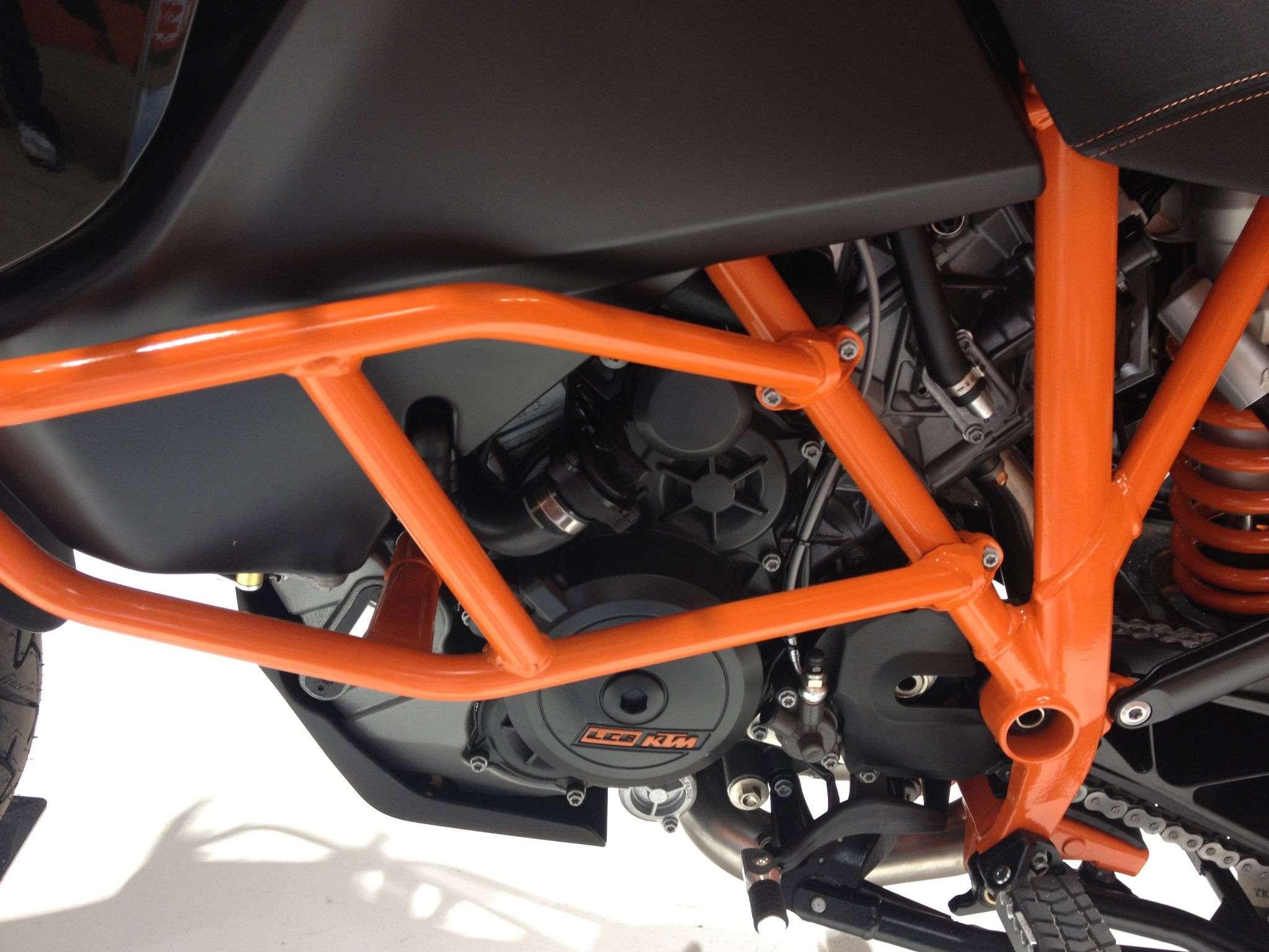 KTM Adventure 1190 Mod.2013 - Page 4 Img_0412
