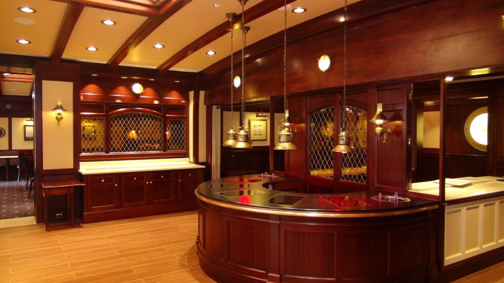 Rénovation de l'hôtel Disney's Newport Bay Club (photos de l'intérieur des chambres page 2) - Page 22 Dsc02817
