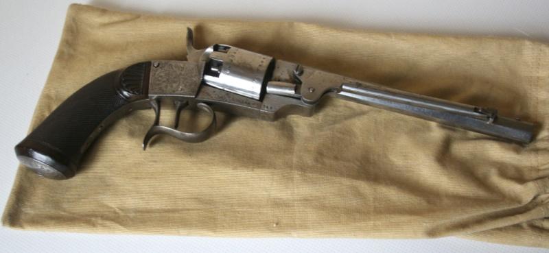 Identification vieux revolver (suisse?) Img_3211