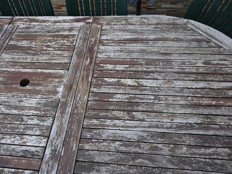Est il possible de faire quelque chose de durable de cette table ? Dsc05033