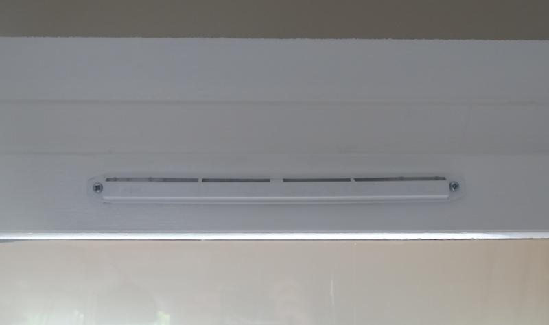 Remplacer des grilles d'aération  Dsc05823