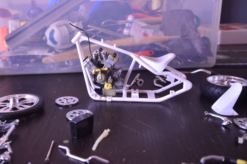 CSOEBWHMGPV5MIOTFTKRV5BRSD ou HRC V5 (Honda Racing Chopper V5) 20140943