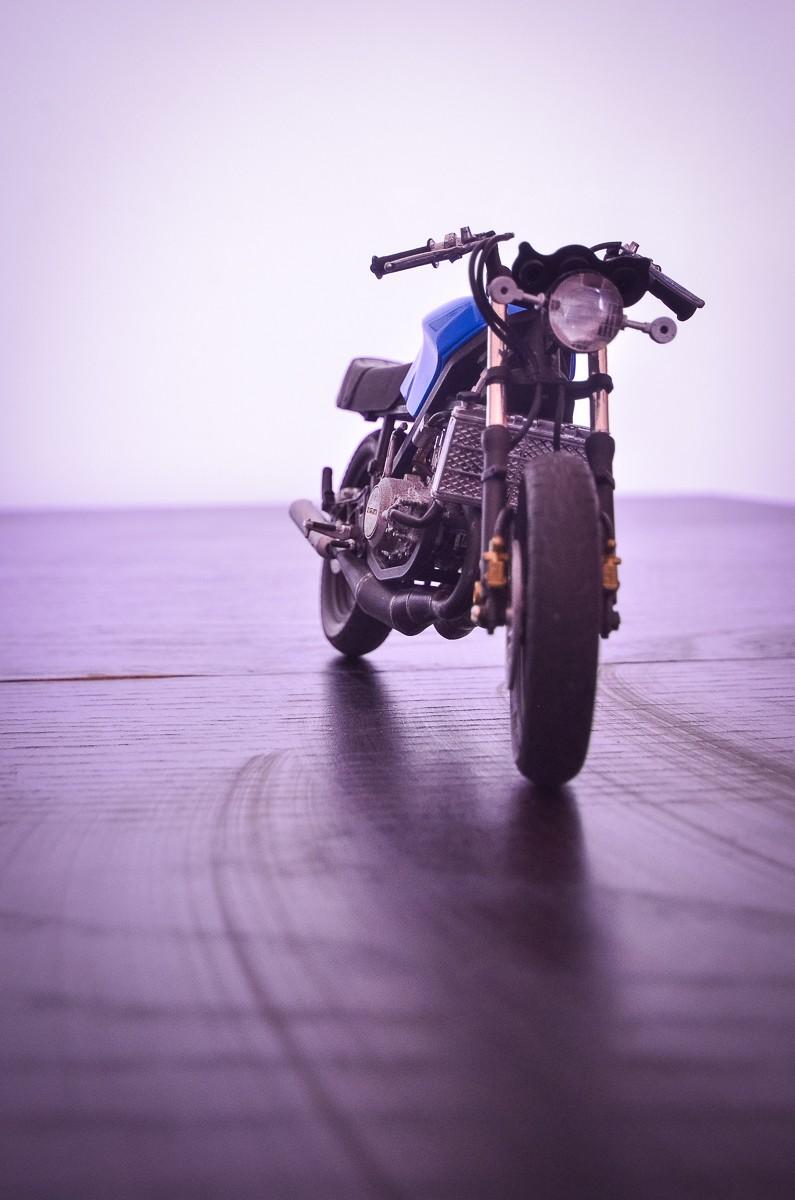 CSOEBWHMGPV5MIOTFTKRV5BRSD ou HRC V5 (Honda Racing Chopper V5) 20140953
