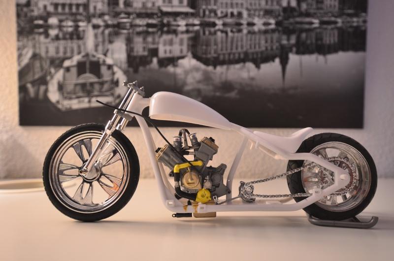 CSOEBWHMGPV5MIOTFTKRV5BRSD ou HRC V5 (Honda Racing Chopper V5) 20141010