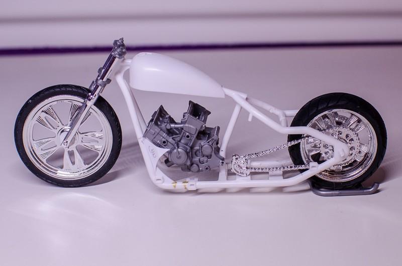CSOEBWHMGPV5MIOTFTKRV5BRSD ou HRC V5 (Honda Racing Chopper V5) 20141017