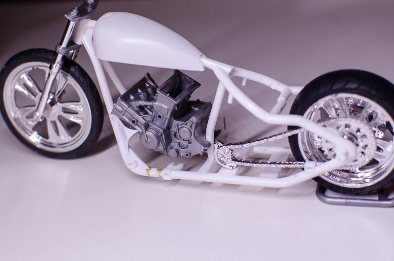 CSOEBWHMGPV5MIOTFTKRV5BRSD ou HRC V5 (Honda Racing Chopper V5) 20141019