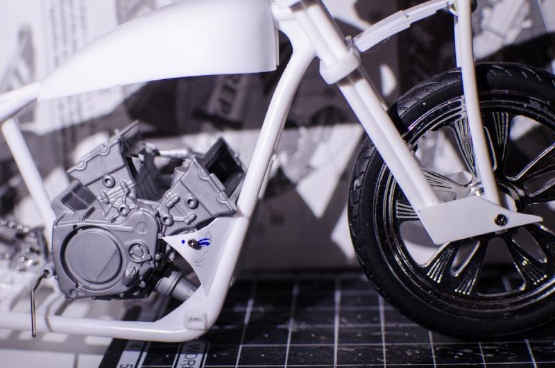 CSOEBWHMGPV5MIOTFTKRV5BRSD ou HRC V5 (Honda Racing Chopper V5) - Page 2 20141046