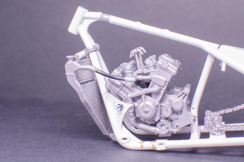 CSOEBWHMGPV5MIOTFTKRV5BRSD ou HRC V5 (Honda Racing Chopper V5) - Page 2 20141050