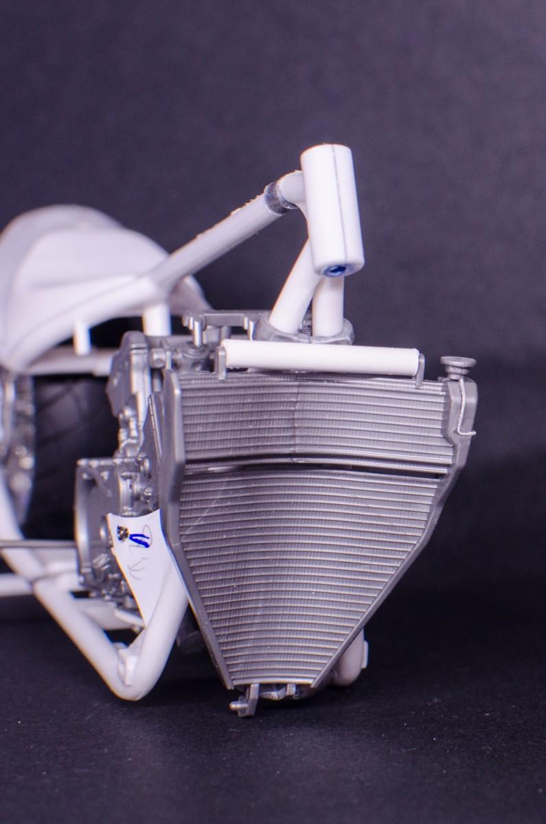 CSOEBWHMGPV5MIOTFTKRV5BRSD ou HRC V5 (Honda Racing Chopper V5) - Page 2 20141051