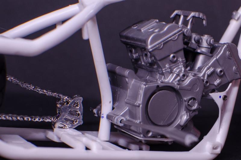 CSOEBWHMGPV5MIOTFTKRV5BRSD ou HRC V5 (Honda Racing Chopper V5) - Page 2 20141054