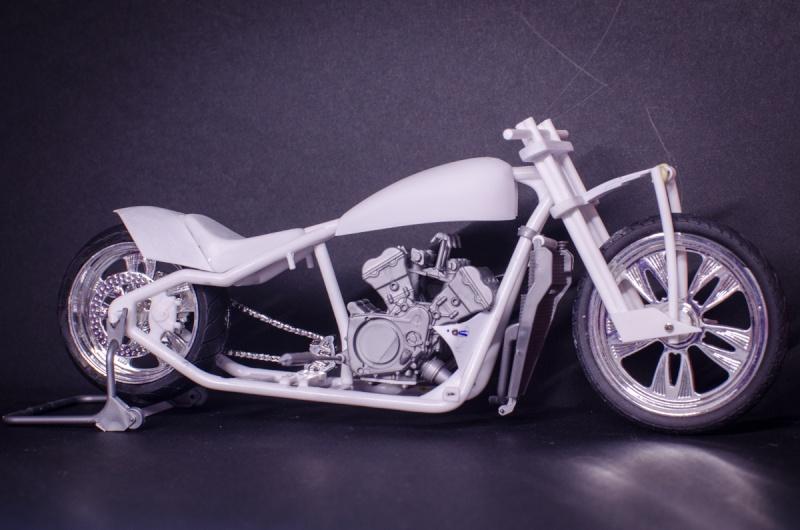 CSOEBWHMGPV5MIOTFTKRV5BRSD ou HRC V5 (Honda Racing Chopper V5) - Page 2 20141057