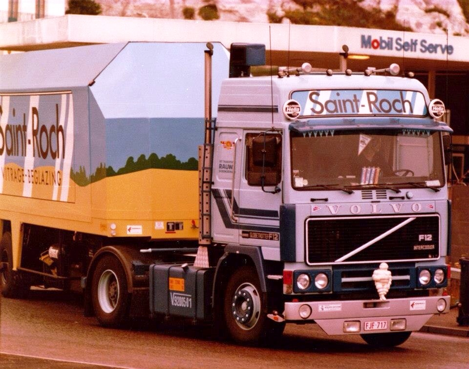 Volvo F 10,12 et 16. - Page 4 5710