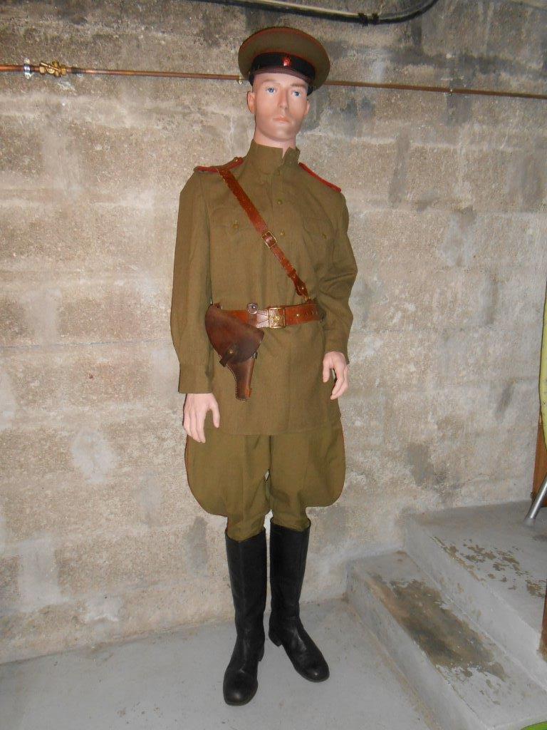 Officier d'artillerie sovietique WW2 Dscn7822