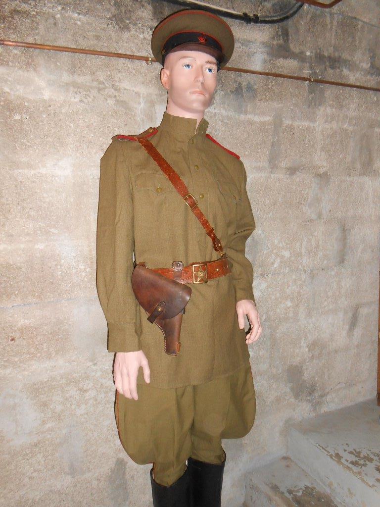 Officier d'artillerie sovietique WW2 Dscn7824