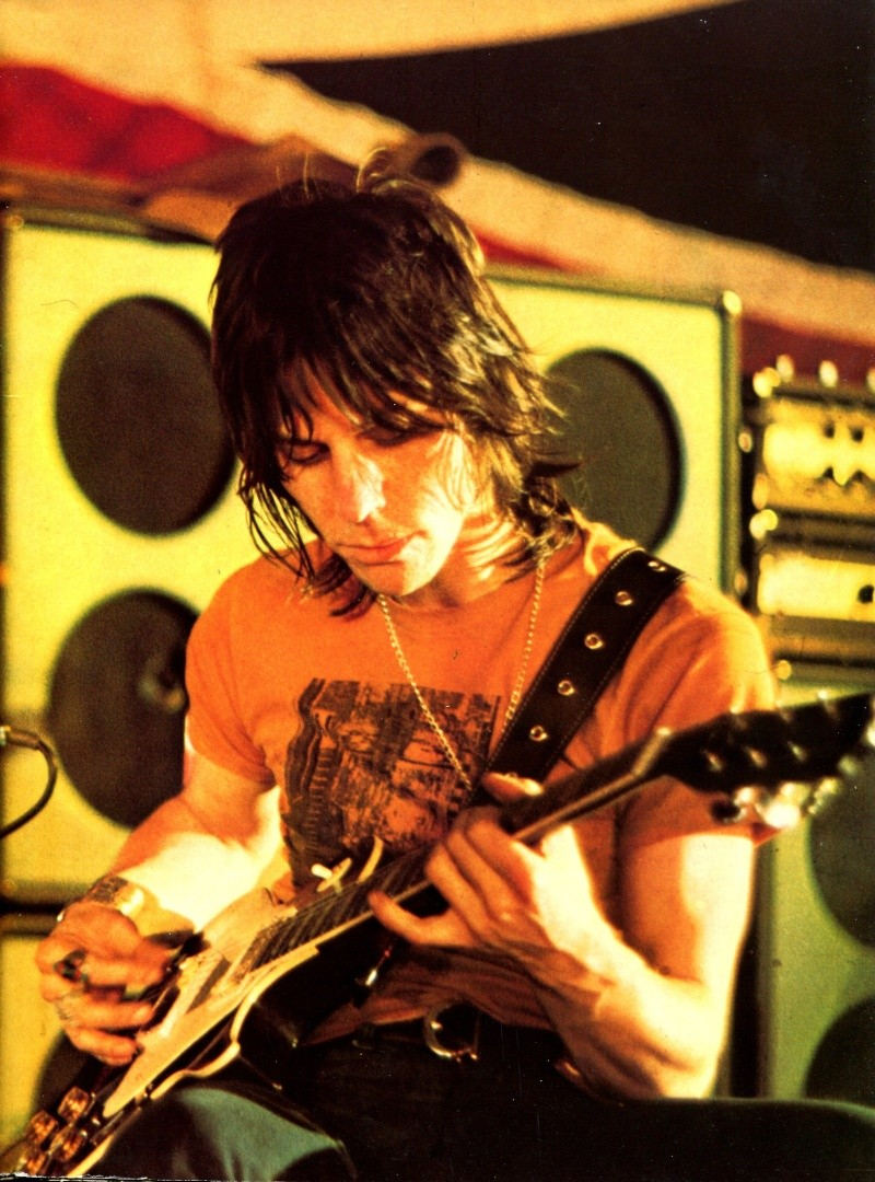 Jeff Beck - Page 4 R83-7311