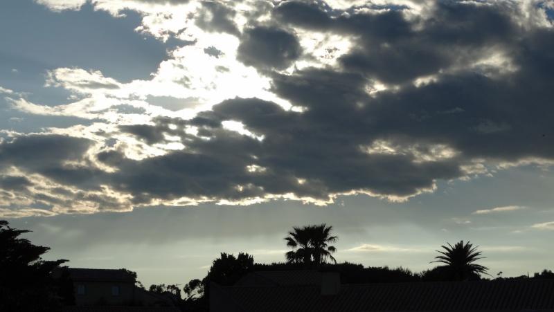 Les nuages - Page 2 Ste_ma10
