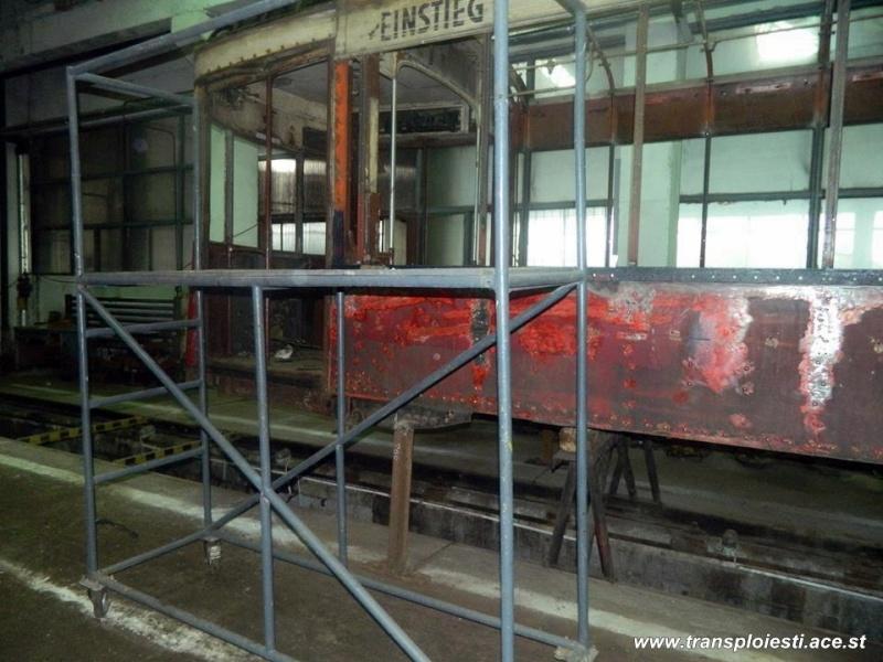 Tramvaie de epocă restaurate la TCE Ploiești 10566410