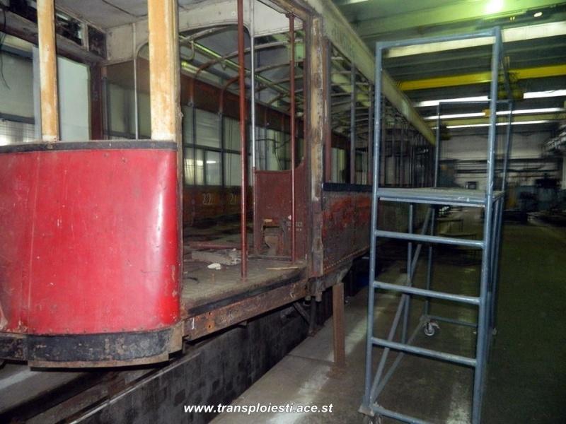 Tramvaie de epocă restaurate la TCE Ploiești 10579110