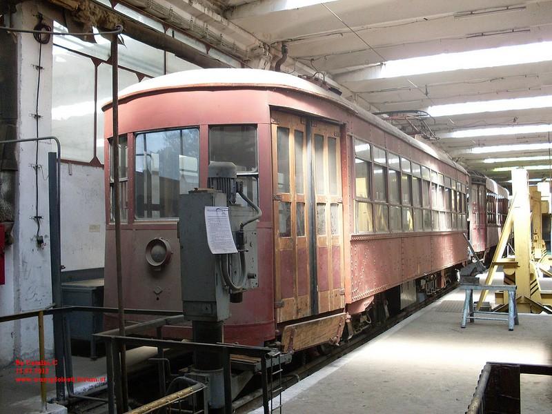 Tramvaie de epocă restaurate la TCE Ploiești 75669111